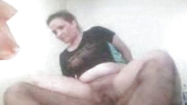 نوازشهای دهانی با عکس و فیلم سکسی سوپر پامرا سبزه