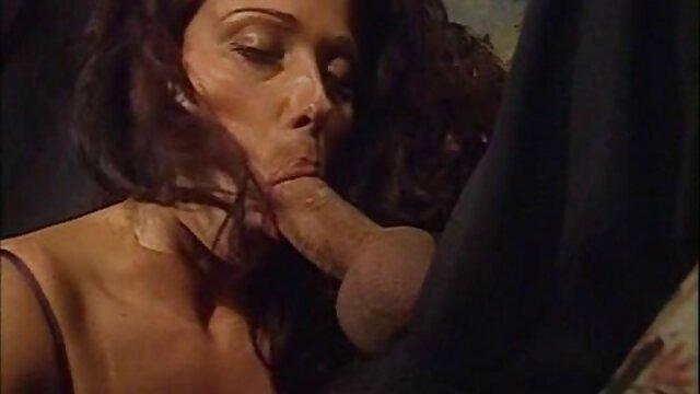 ماساژ عاشقانه دانلود سوپر کون با رابطه جنسی پرشور پایان می یابد