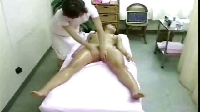 هواي ساتو دختر دانش آموز ژاپني مردان مسن را رعد كرد فیلم سوپر سکسی زنده