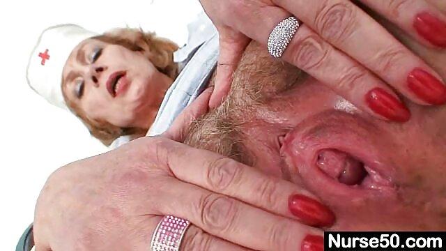 نیکیتا نوجوان فیلم های سوپر و سکسی تنگ در بیدمشک خود حفاری کرد