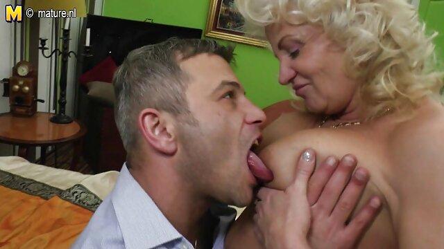 شلخته کوچک آسیایی در الاغ خروس بزرگ سیاه و سفید رابطه فیلم سوپر سکسی زوری جنسی مقعدی