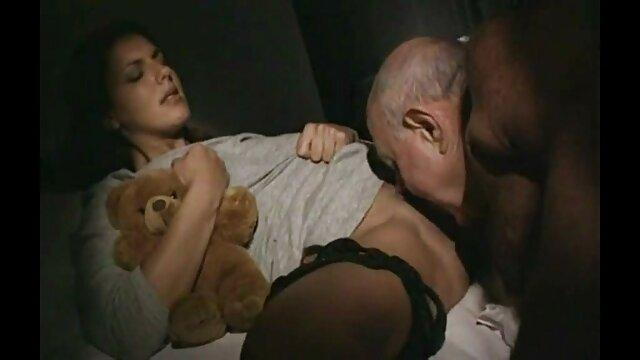 صبح قبل دانلود فیلم سوپرسکس از کار او به سرعت واژن او را بارور کرد
