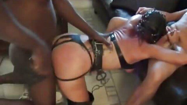 نوجوان جوان فیلم سوپر سکس سکسی ، فاحشه ، دوچرخه سوار