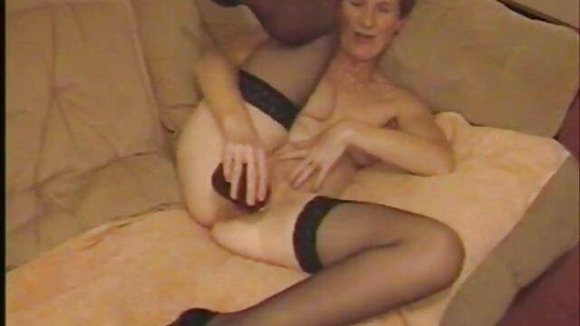 یک دختر آماتور مطیع گرفتار شده و آماده اطاعت از فیلم سوپر سکسی خالص دستورات شماست
