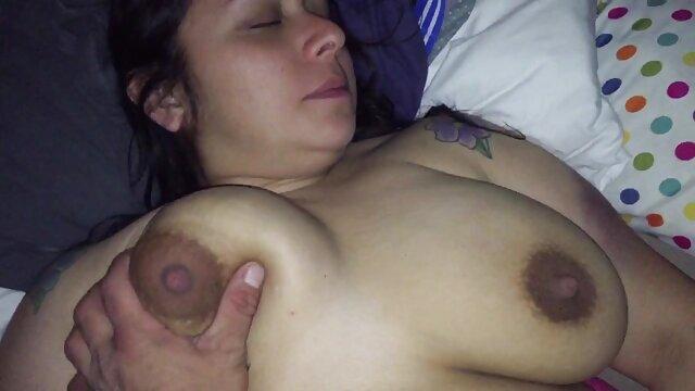 Carmella Bing سینه های سوپر حیوانات سکسی بزرگ